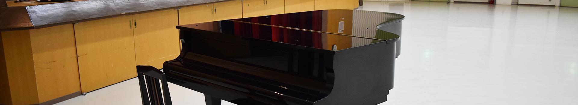 大阪市立 淀川区民センター・ホール/ピアノ